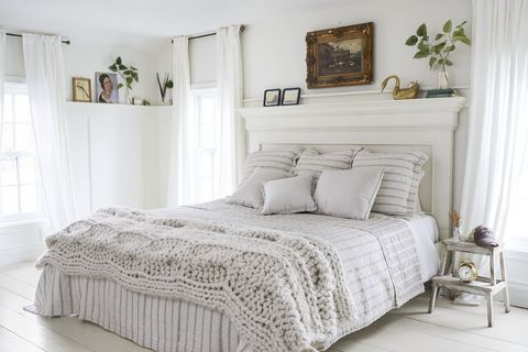 45 Best White Bedroom Ideas How To, White Traditional Bedroom Furniture