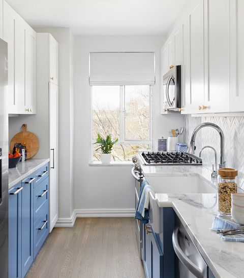Countertop, Room, White, Property, Kitchen, Furniture, Cabinetry, Interior design, Floor, Home,