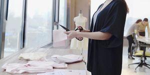 Lavorare nella moda: le 16 aziende a cui mandare il curriculum