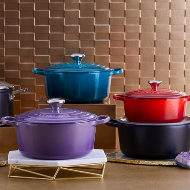 Cookware and bakeware, Stock pot, Product, Purple, Lid, Material property, Dutch oven, Ceramic, Metal, Tableware,