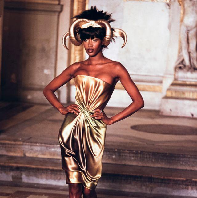 défilé haute couture givenchy printemps été 1997