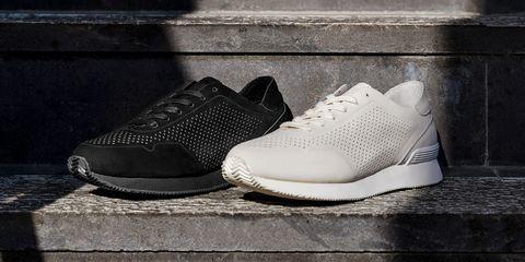 Footwear, White, Shoe, Black, Product, Sneakers, Walking shoe, Plimsoll shoe, Monochrome, Athletic shoe,