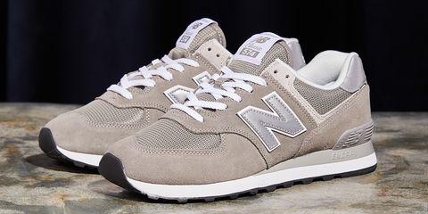 Shoe, Footwear, White, Sneakers, Walking shoe, Sportswear, Beige, Product, Brown, Tennis shoe,