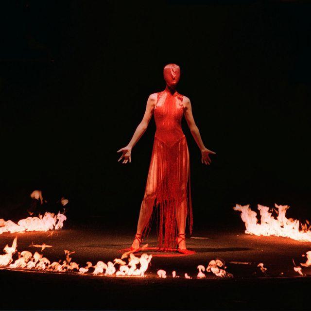 Performance art, Performing arts, Heat, Concert dance, Event, Performance, Muscle, Dancer, Scene, Flame,