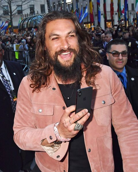 Jason Momoa Pink: Jason Momoa, His Scrunchie, And His Guinness Are Having
