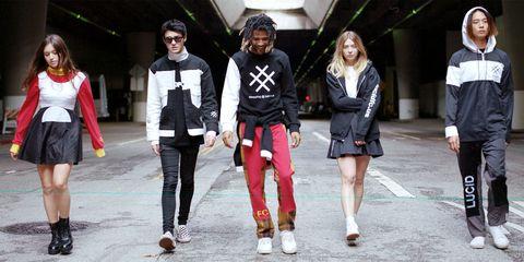 Street fashion, Fashion, Footwear, Outerwear, Shoe, Photography, Jacket, Fashion design, Style, Fashion model,