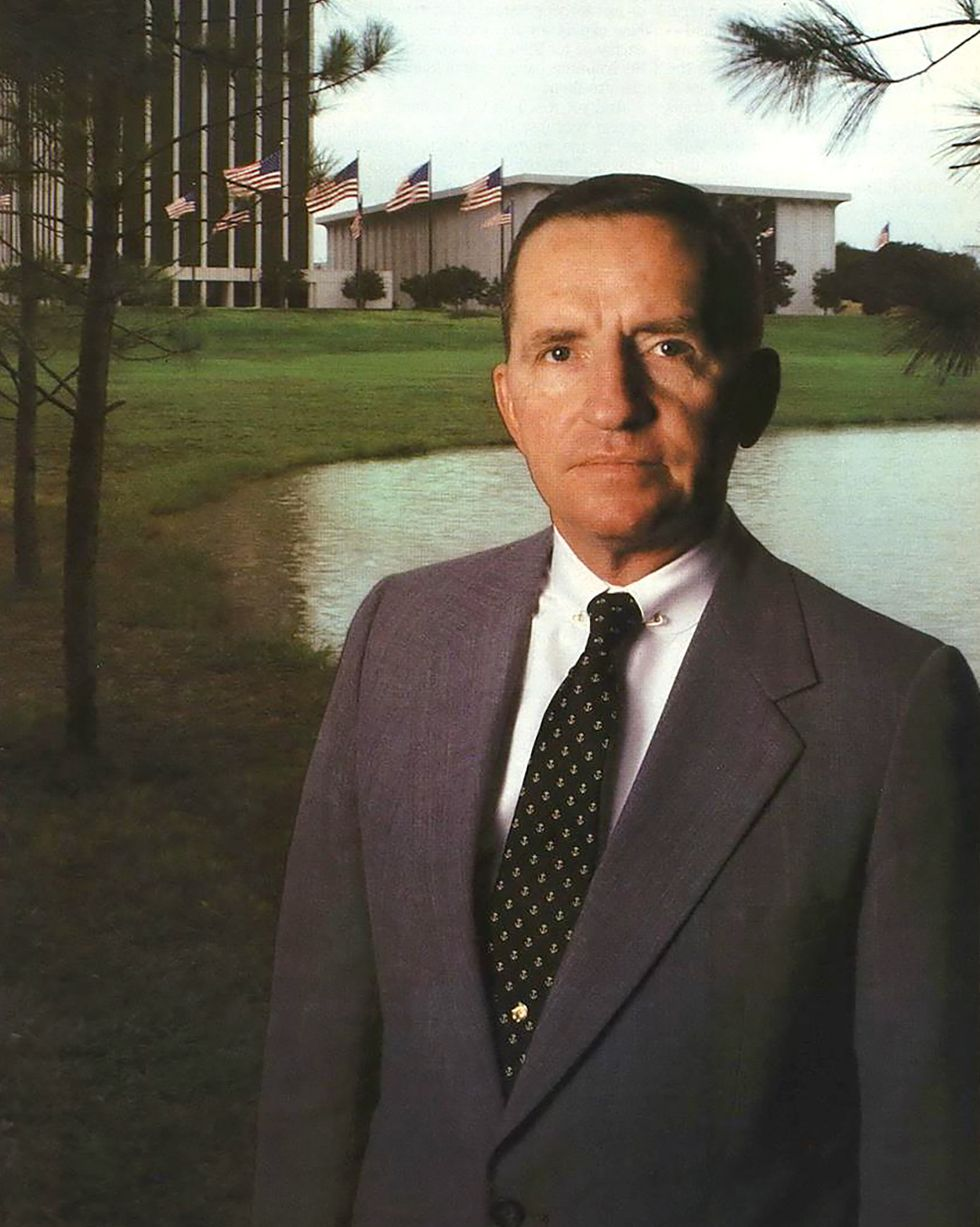 Ross Perot To The Rescue!