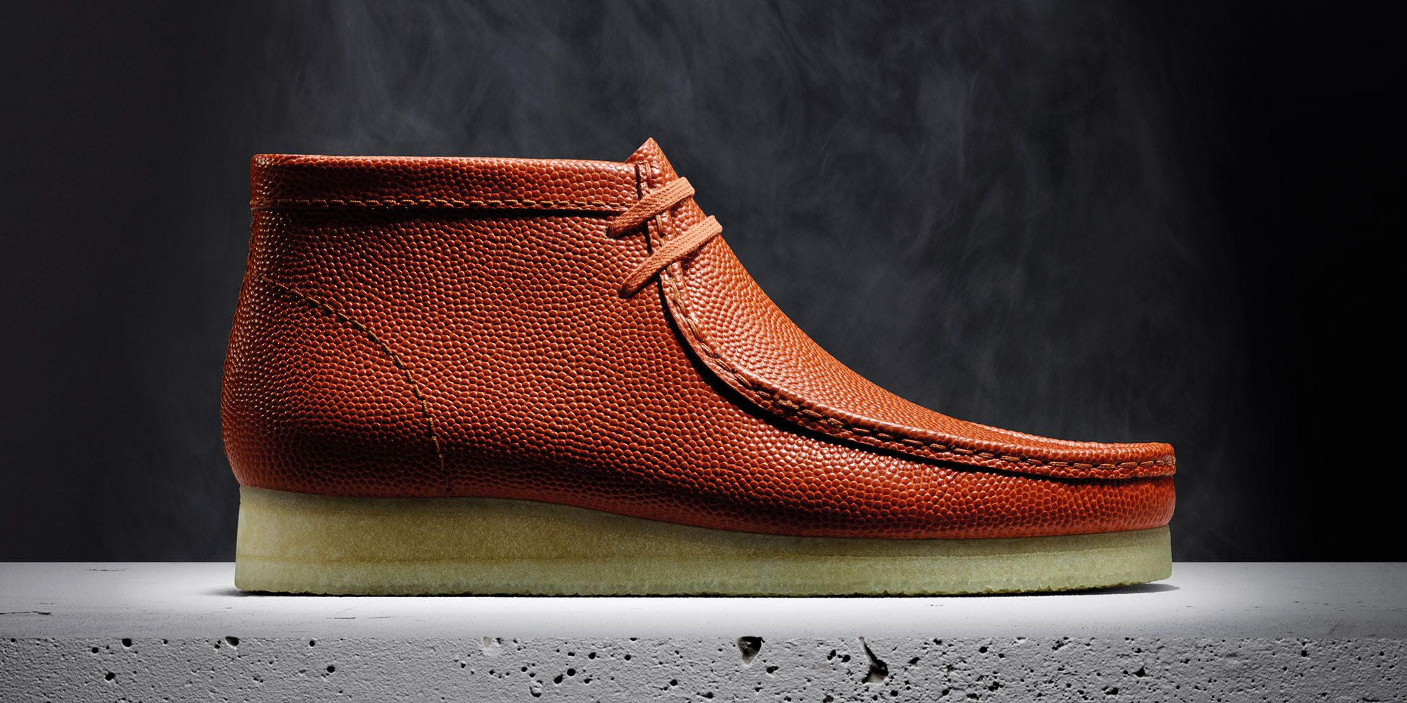 Hospitalidad sirena Artesano  Clarks Horween Leather Wallabees - Clarks Launches New Wallabees For Fall