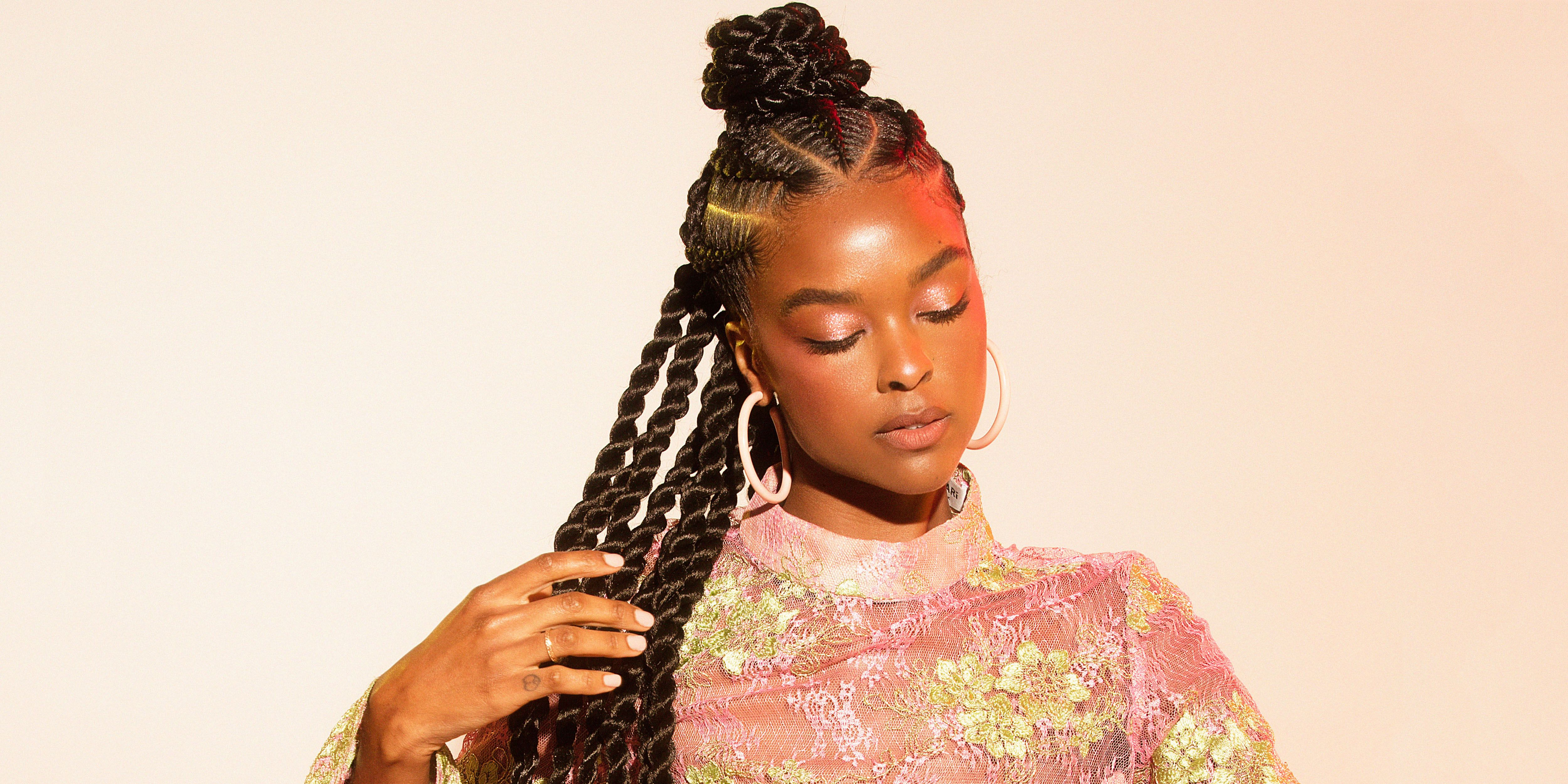 foto These Stitch Braids With Zigzag Parts Are a Huge YES