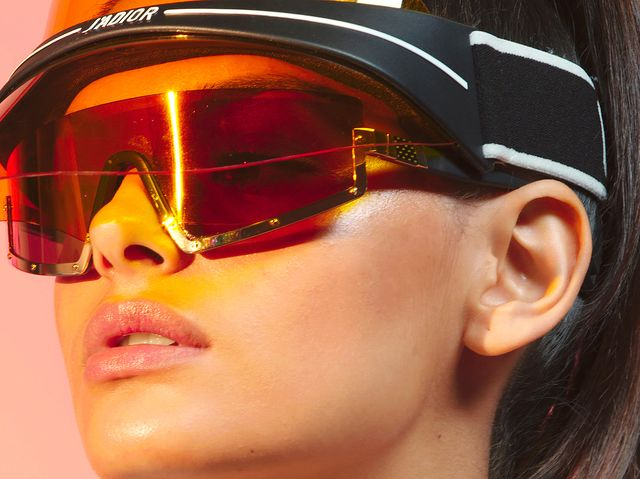 b3d2ad12cd 6 Tricky Sunglasses Trends and How to Wear Them