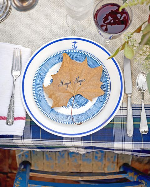 dried leaf place card