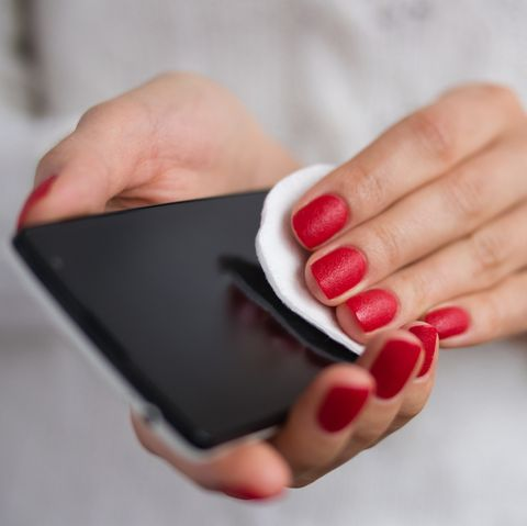 how to clean your cell phone - disinfecting tips