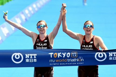 British Triathletes Disqualified After Crossing Finish Together Hand-in-Hand
