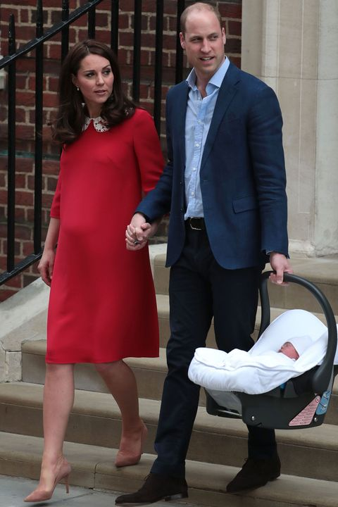 William and Kate with royal baby 3 at the Lindo Wing