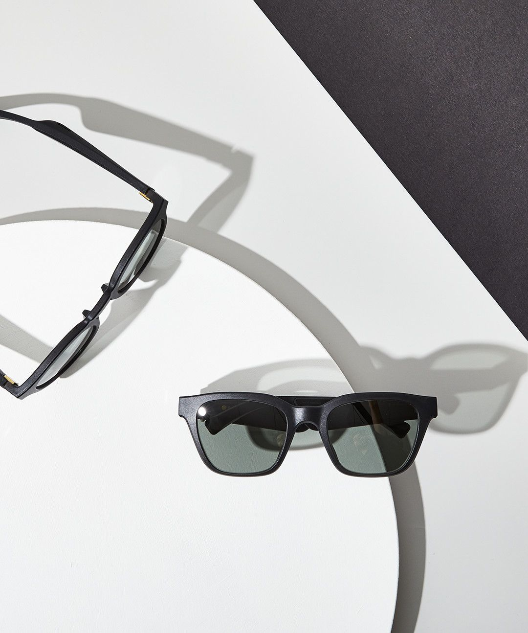Bose Frames Play Music for You (And Only You)—No Headphones Required