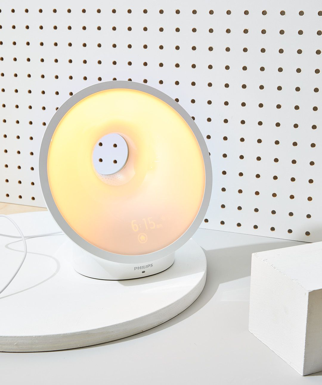 Philips' Wake-Up Light Will Get You Out of Bed When Nothing Else Can