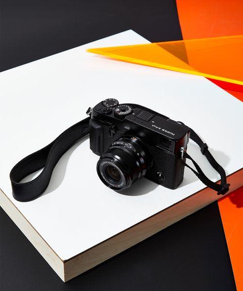 Point-and-shoot camera, Cameras & optics, Camera, Camera accessory, Reflex camera, Single-lens reflex camera, Digital camera, Camera lens, Photography, Lens,