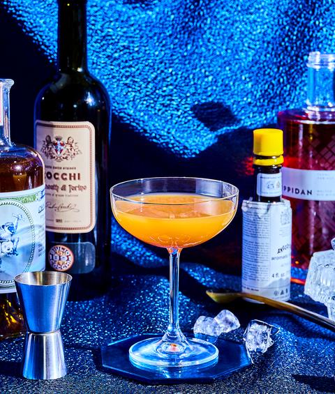 Alcoholic beverage, Distilled beverage, Drink, Liqueur, Bottle, Alcohol, Wine, Barware, Wine glass, Classic cocktail,