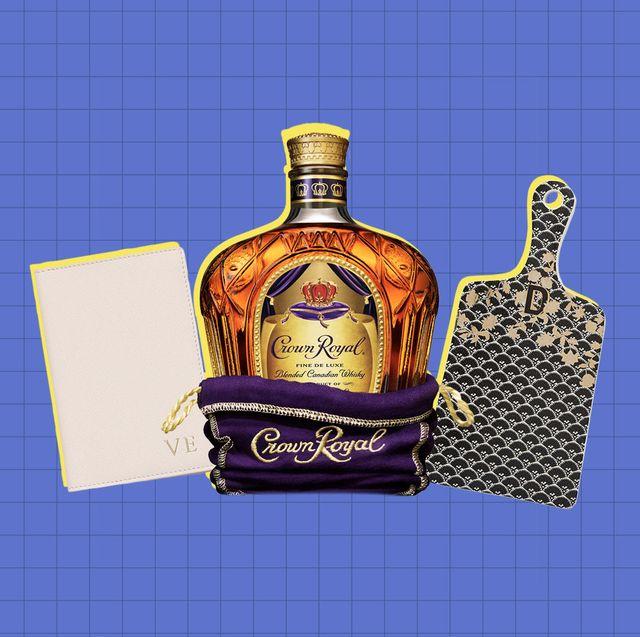 Liqueur, Product, Bottle, Drink, Alcohol, Glass bottle, Distilled beverage, Alcoholic beverage, Chivas regal, Label,