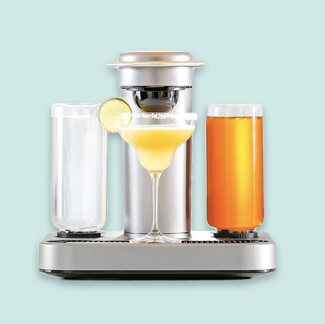 Small appliance, Blender, Mixer, Vegetable juice, Kitchen appliance, Juicer, Drink, Home appliance, Liquid, Smoothie,
