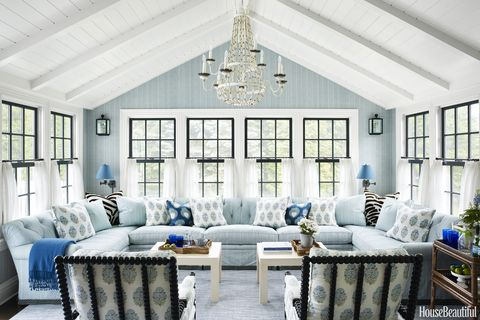 Living room, White, Room, Blue, Furniture, Interior design, Property, Building, Ceiling, Home,