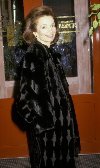 Carole Radziwill on Lee Radziwill's Death - Carole Radziwill