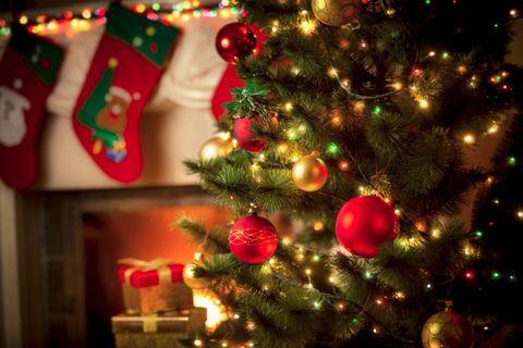 kerstboom, knutselen, wijnflessen