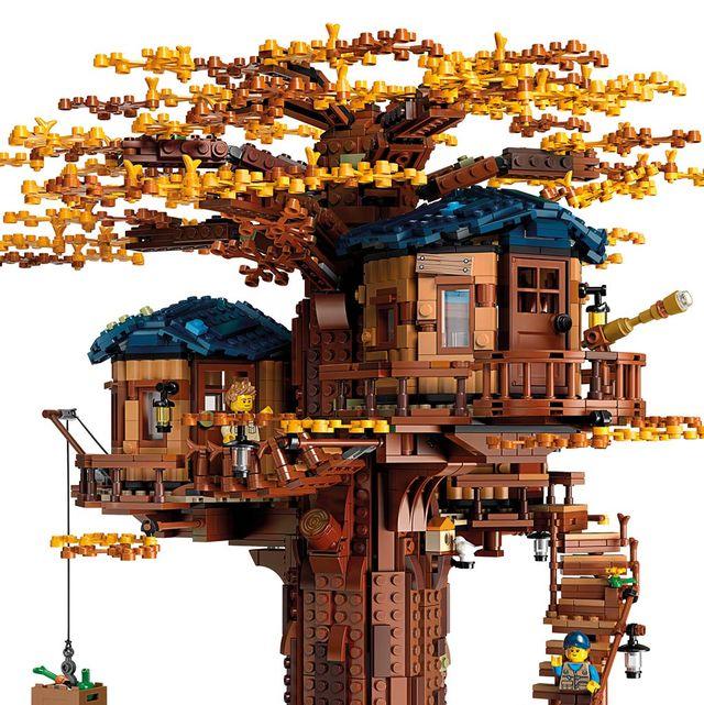 La casa del Árbol, Lego