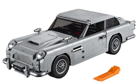 Land vehicle, Car, Vehicle, Model car, Classic car, Aston martin db5, Toy vehicle, Coupé, Automotive exterior, Convertible,