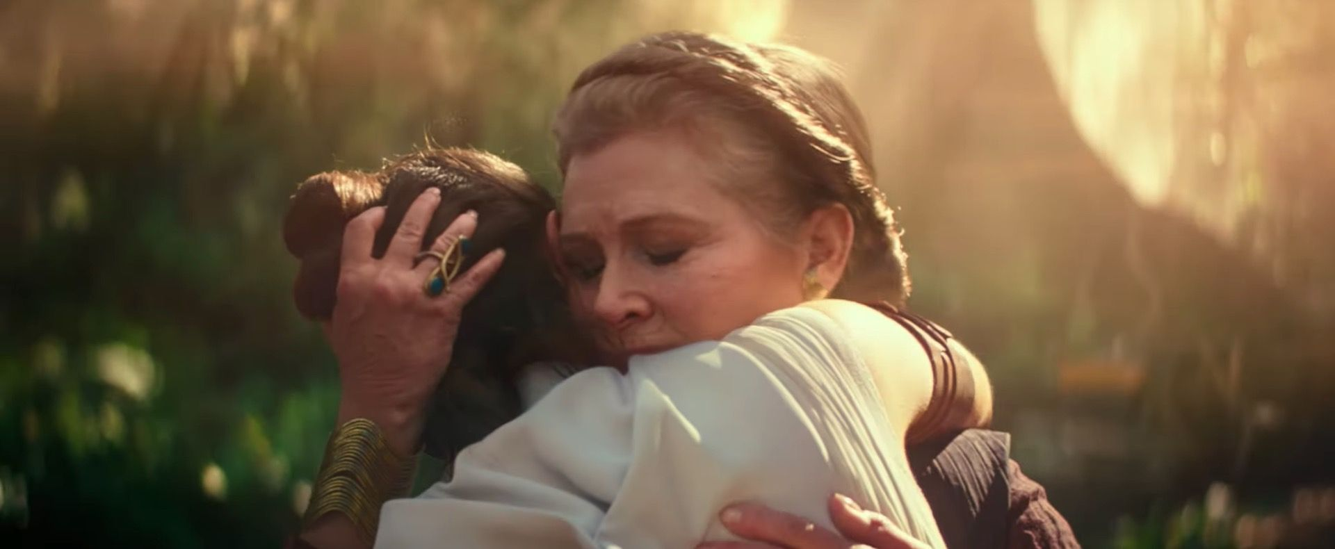 """Star Wars' Daisy Ridley admits it was """"really difficult"""" shooting Leia scenes in The Rise of Skywalker"""