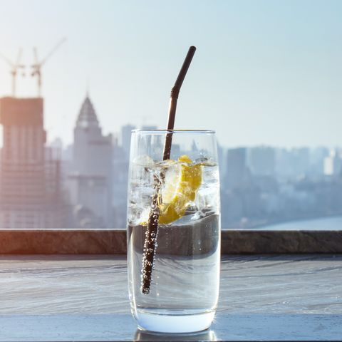 Lemon drinks with city background