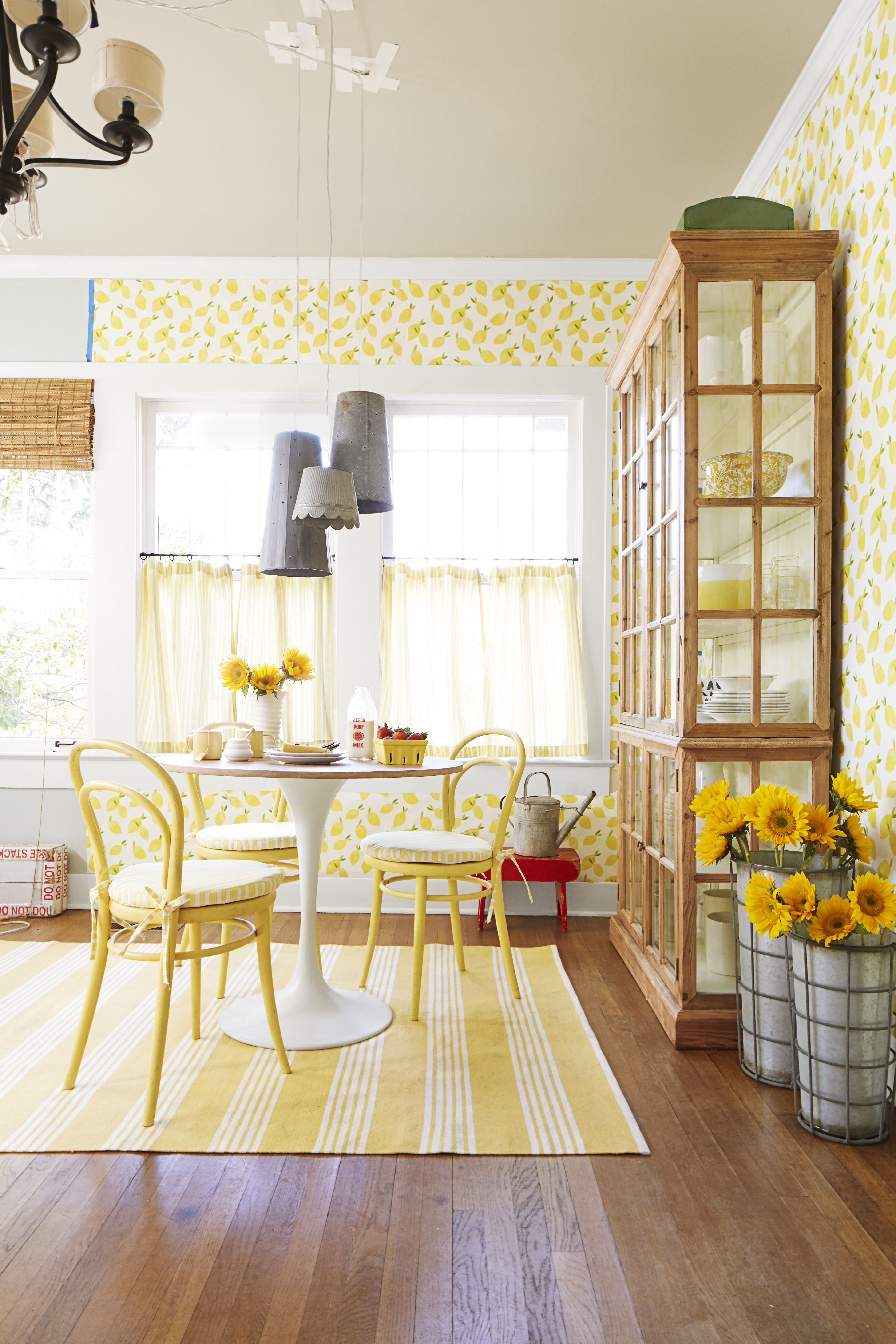 10 Best Kitchen Wallpaper Ideas - How to Decorate Your Kitchen