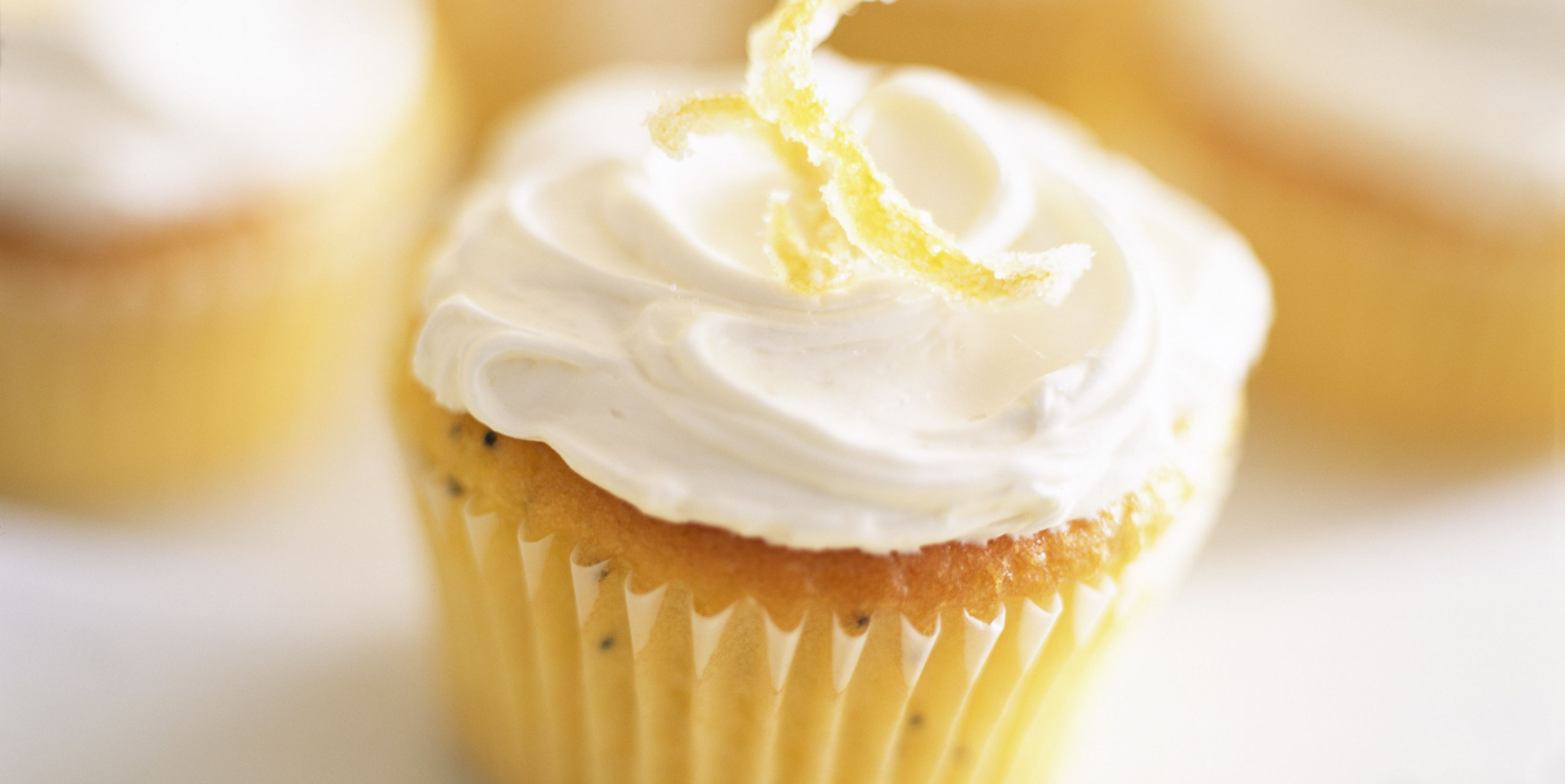 Lemon poppy seed cupcake