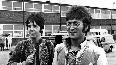 Paul McCartney And John Lennons Sons Selfie Makes Beatles Fans Do