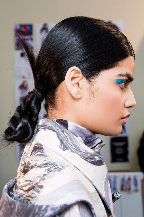 Hair, Hairstyle, Black hair, Fashion, Chin, Neck, Ear, Forehead, Ponytail, Long hair,