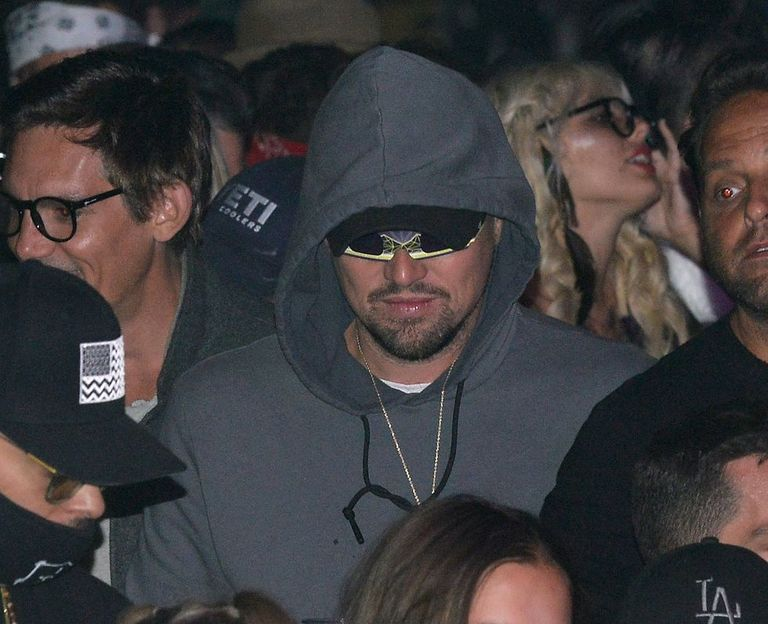 A Moment for Leonardo DiCaprio's 3D Glasses Disguise at ...