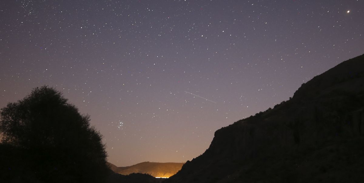 December Will Have the Largest Meteor Shower of 2020, a Total Solar Eclipse and Kissing Planets