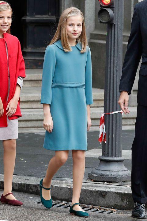 Repasamos los momentos más importantes de la vida de la princesa Leonor en este 2018, a través de sus looks, en los que el color azul ha sido el gran protagonista.