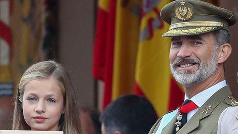 La Princesa Leonor ejerce de heredera situada a la derecha del Rey por primera vez en el desfile del 12 de octubre