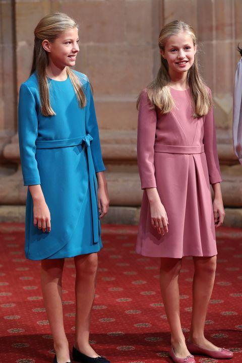 La princesa Leonor y la infanta Sofía, en sintonía con sus estilismos