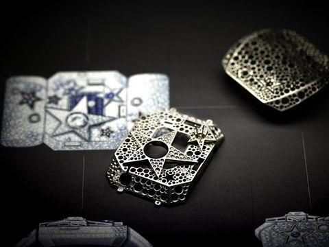 miglior valore 8d8b1 3601e Cosa si nasconde nell'atelier di alta gioielleria Chanel