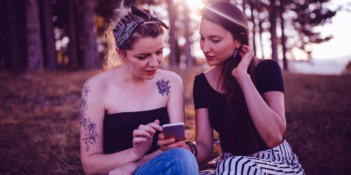 10 Lesbian And Bisexual Women On How To Know If Your Crush -1287