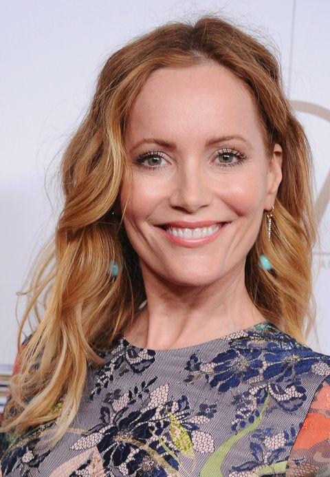 leslie mann medium hairstyle