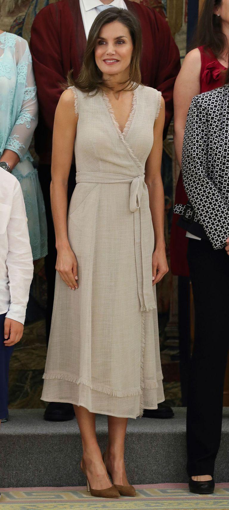 La reina Letizia, de Adolfo Domínguez en una audiencia en Zarzuela. 12 julio 2018