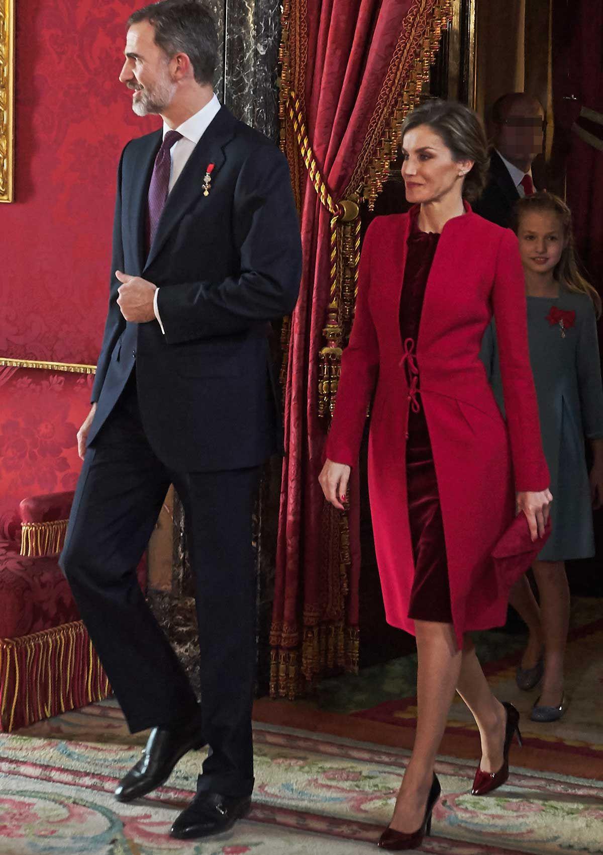 A lo largo de 2018, la reina Letizia ha optado por looks en los que el rojo ha sido el gran protagonista.Te demostramos por qué el 'red' es el favorito de la mujer de Felipe VI.