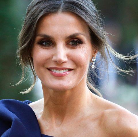 27eed4ac Hablamos con la persona que más sabe del estilo la reina Letizia, la ...