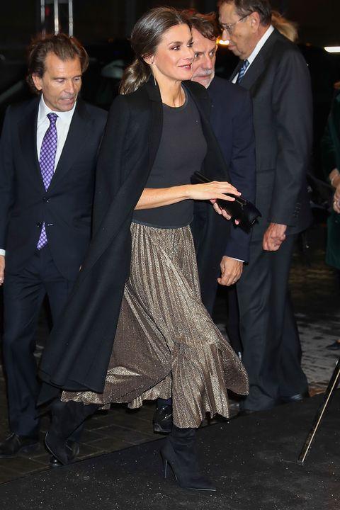 Analizamos el look de la reina Letizia en la fiesta por el 20 aniversario de La Razón.