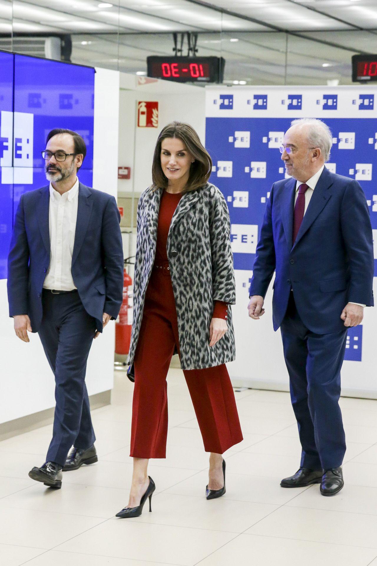 dc8aea92a El estilo de la Reina Letizia - Todos los  looks  de la reina Letizia
