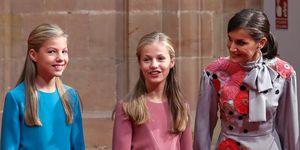 La reina Letizia con la princesa Leonor y la infanta Sofía en la recepción previa alos Premios Princesa de Asturias 2019