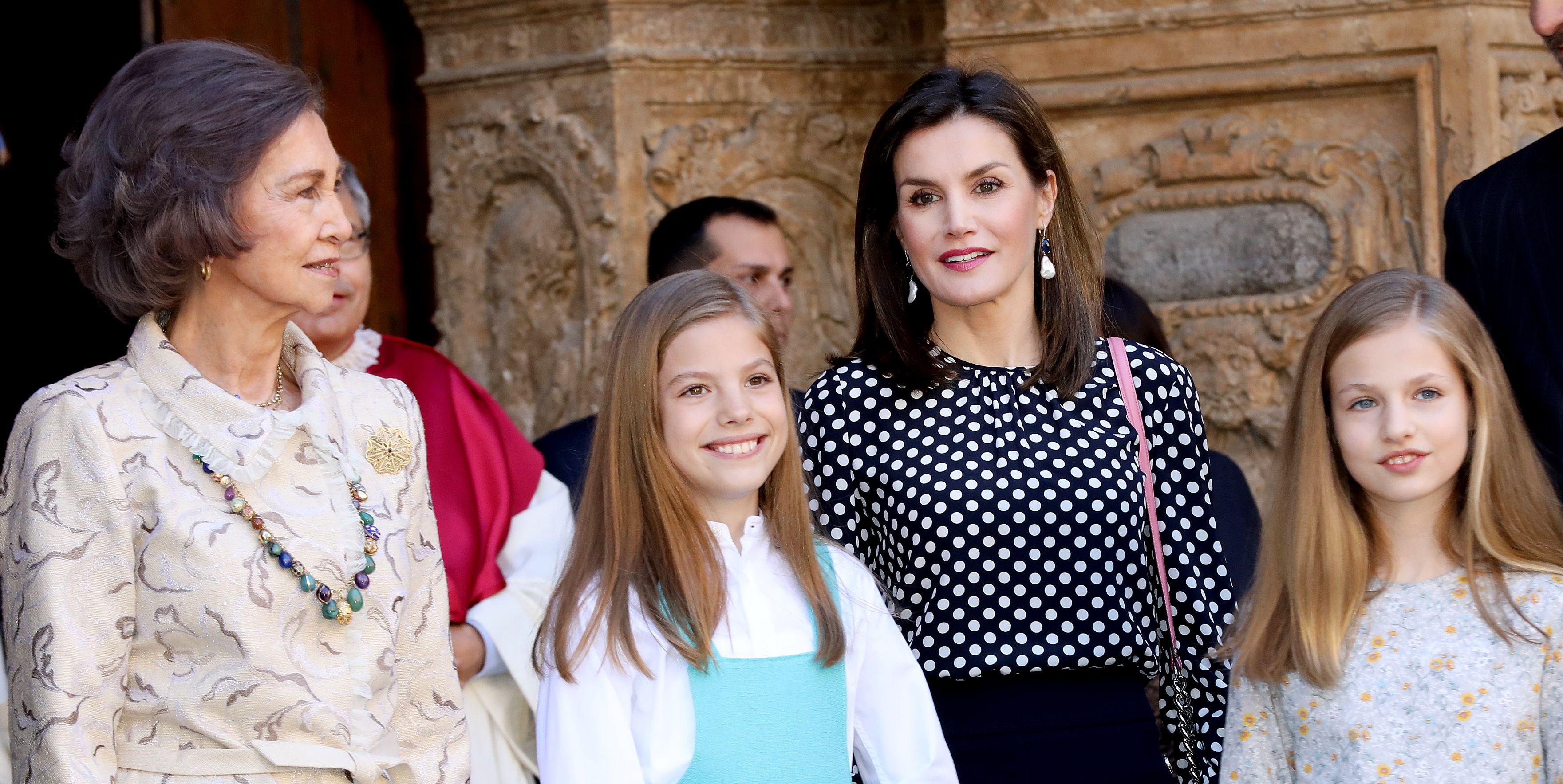 Doña Sofía y doña Letizia, Misa de pascua